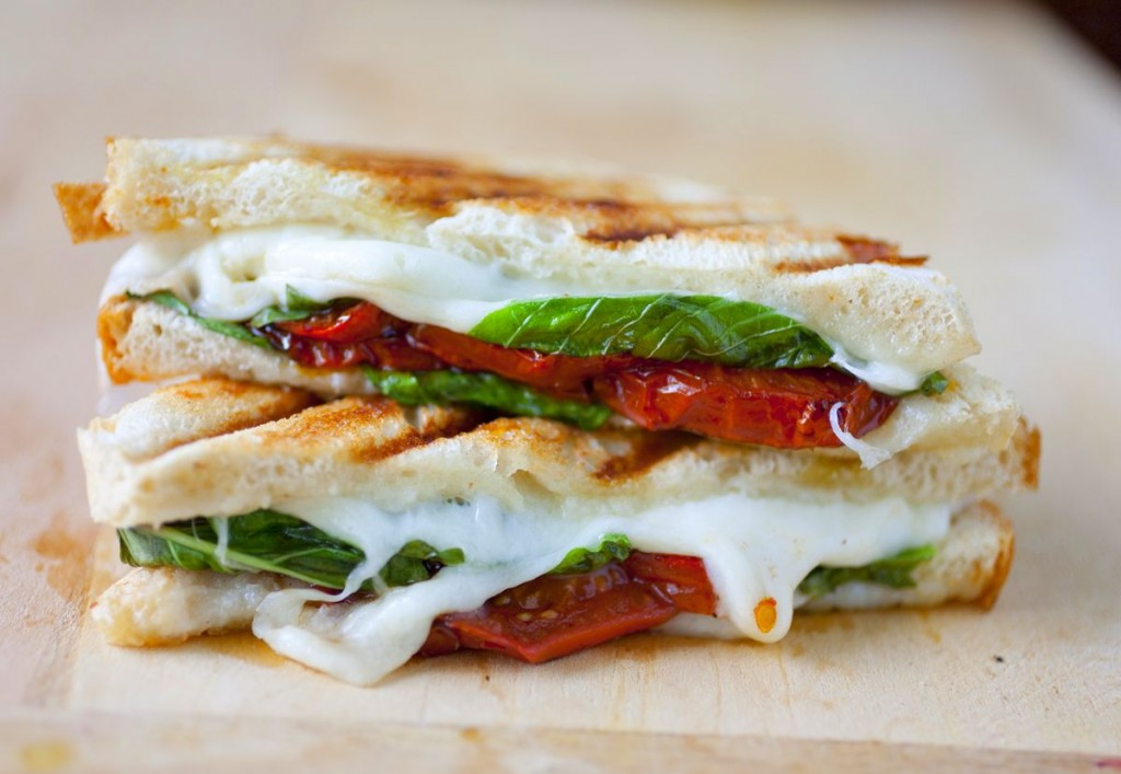 Caprese Grilled Cheese Sandwich with Balsamic Roasted Tomatoes - The ...