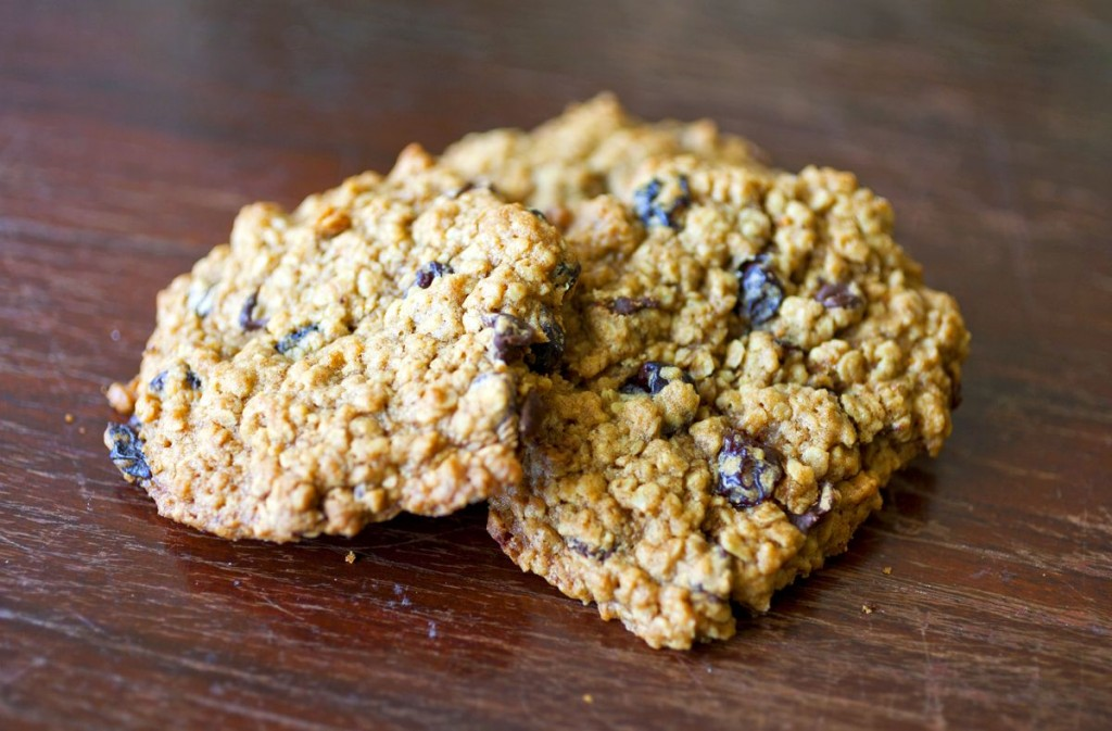 Cherry Chocolate Chip Oatmeal Cookies - The Partial Ingredients